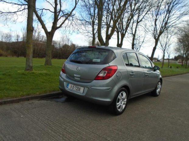 Opel Corsa 2011 full