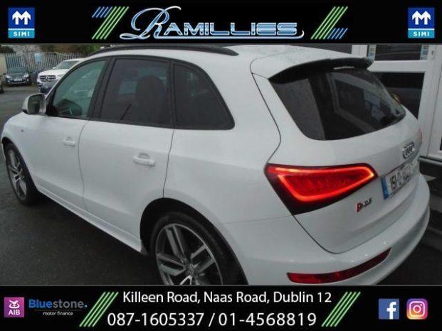 Audi SQ5 2015 full