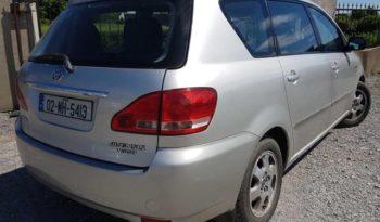 Toyota Avensis Verso 2002 full