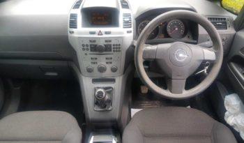 Opel Zafira 2010 full