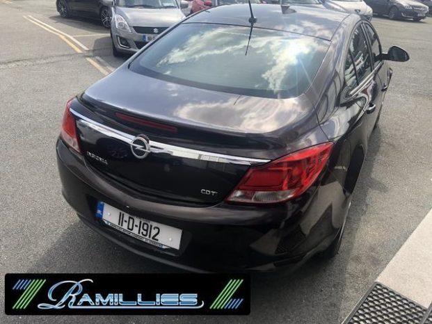 Opel Insignia 2011 full