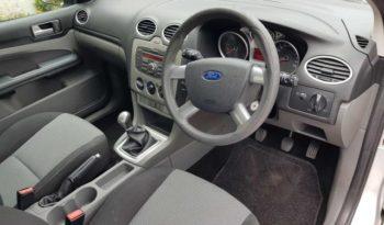 Ford Focus 2011 full
