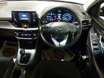 Hyundai i30 2017 full