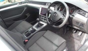 VW Passat 2017 CL 1.6 TDI 120BHP M6F 4DR full