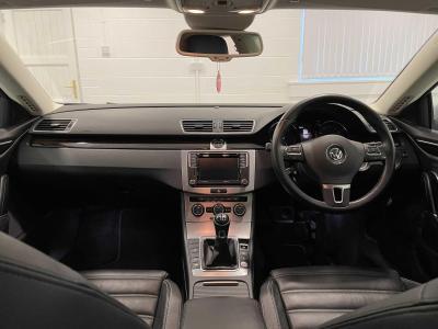 Volkswagen Passat CC 2016 full