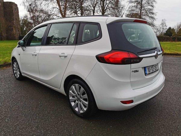 Opel Zafira 2016 full