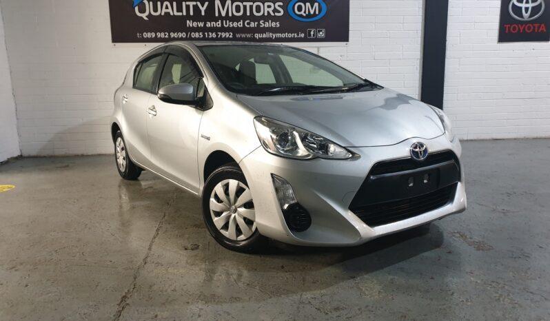 2015 Toyota Aqua Hybrid full