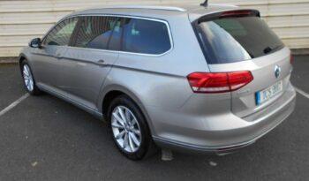Volkswagen Passat 2017 full