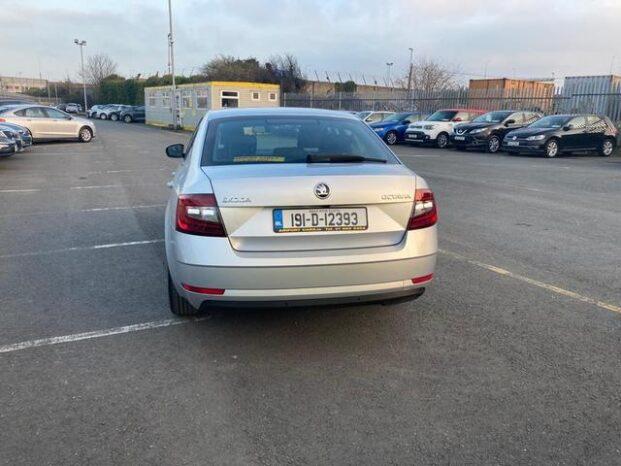 Skoda Octavia 2019 full