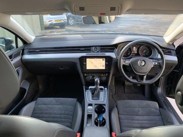 Volkswagen Passat 2018 full