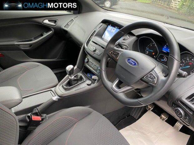 Ford Focus 2017 full