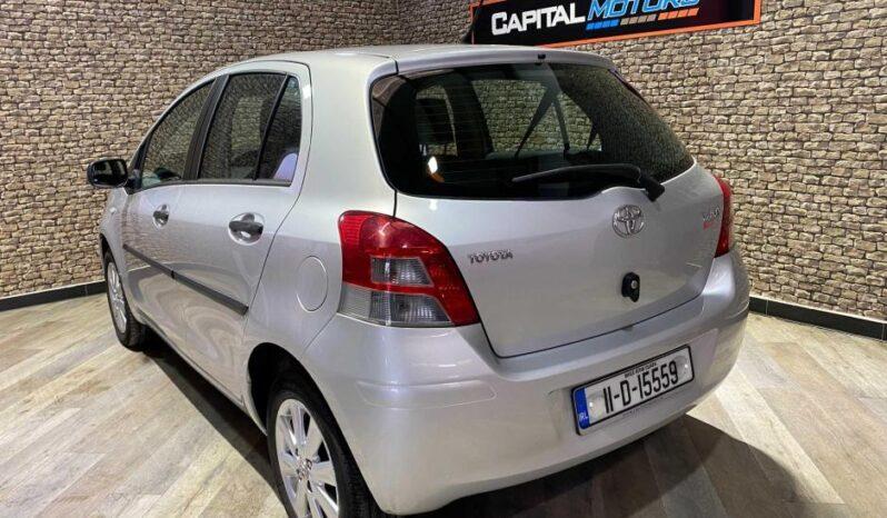Toyota Yaris 2011 full