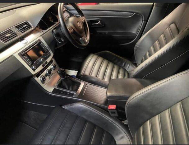 Volkswagen Passat CC 2012 full