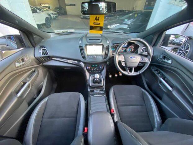 Ford Kuga 2017 full