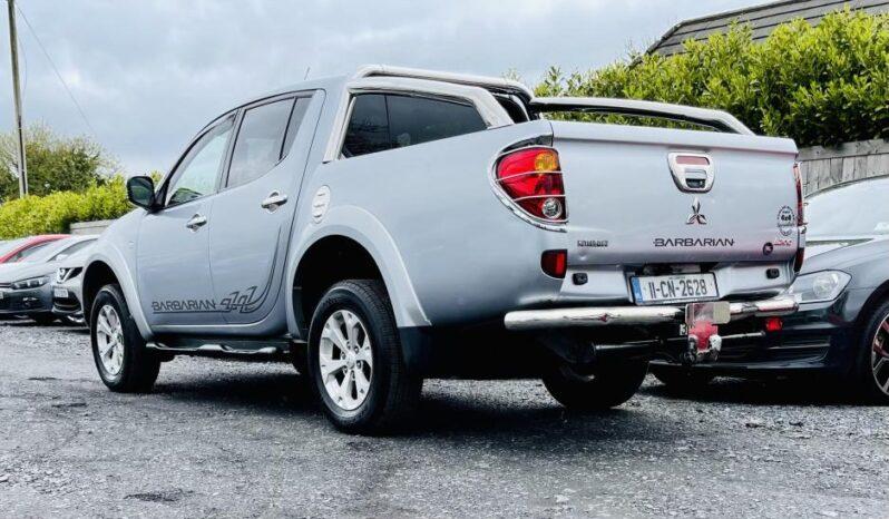 Mitsubishi L200 2011 full